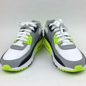 Nike Air Max 90 LTR' Sneaker sz 4